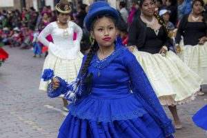 Girls in traditional blue dressing