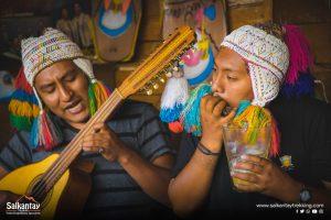 Musicians performing at Mama Trini
