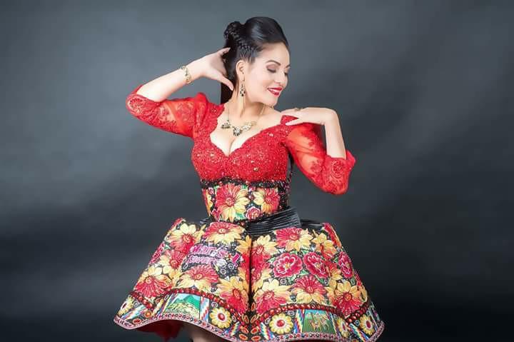 Marisol Cavero posing
