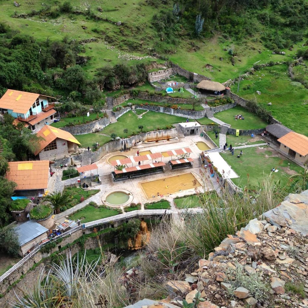 Hot springs on Lares