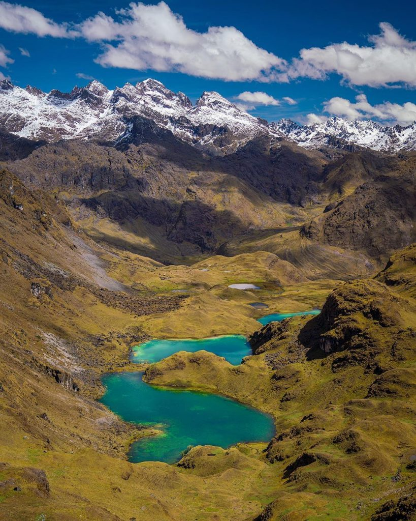 Green lakes and mountains at Lares