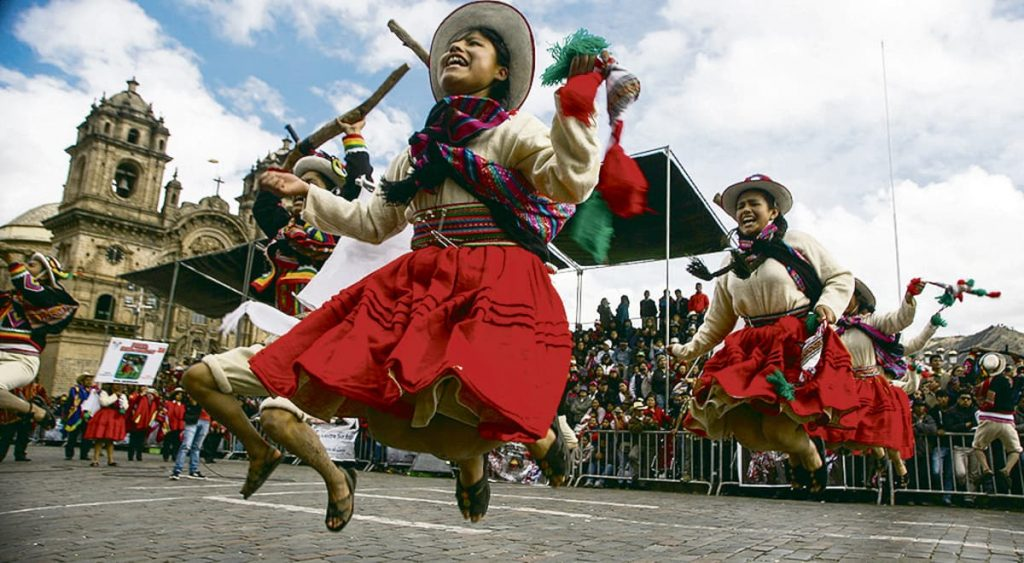 Young people dancing at Cusco