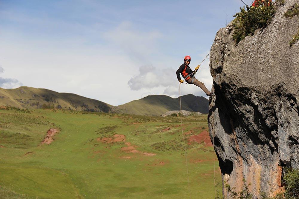 Good-way-relieve-stress-rock-climbing