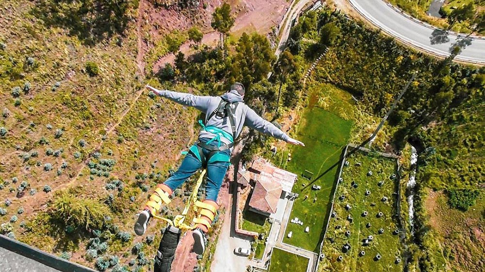 bungee-jumping-must-be-greatest-thing-can-do-life