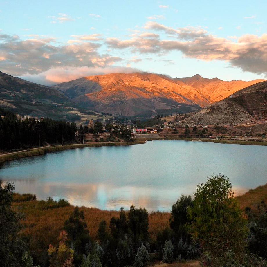 Urcos lake southern valley south valey