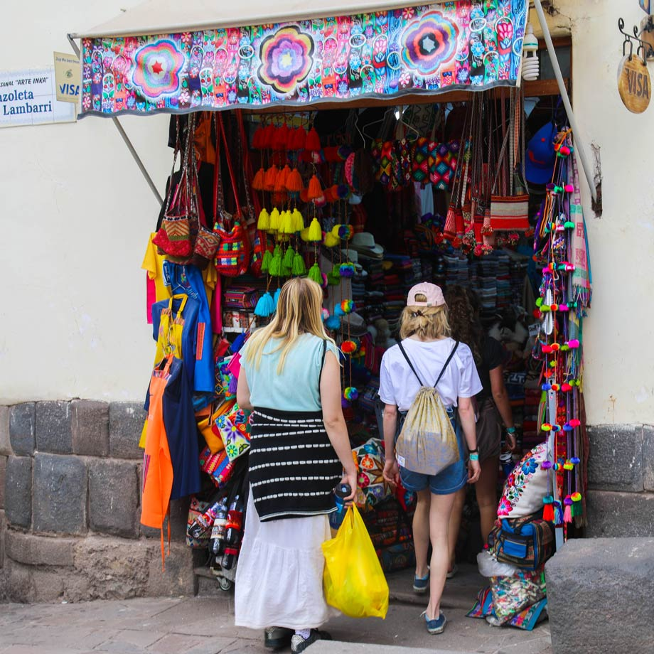 Spanish phrases in shops and markets