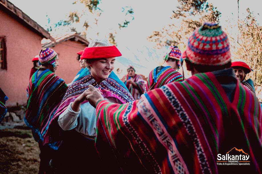 Experience Small Andean Villages, Huchuy Qosqo