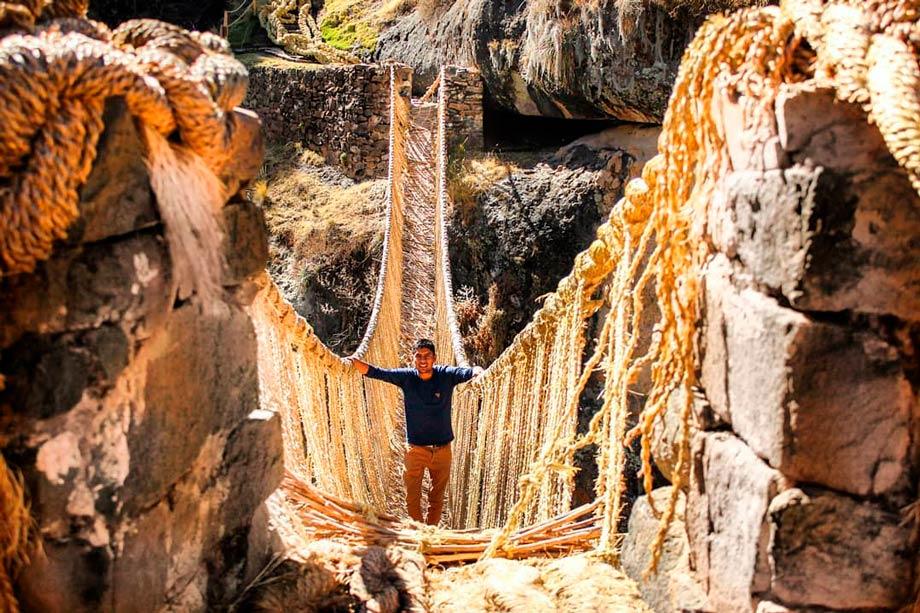 Qeswachaka, last inca bridge