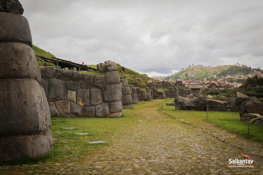 Sacsayhuaman has fascinating architecture