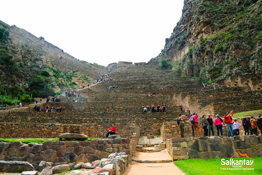 Ollantaytambo is a town in the Sacred Valley of Peru, which lies to the south on the Urubamba River.