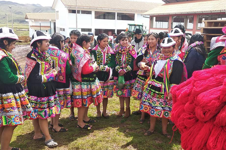 Authentic cultural experience in Layo, Pllay Puncho