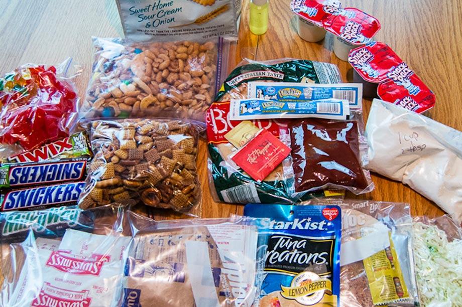 pack things love eat hiking peru