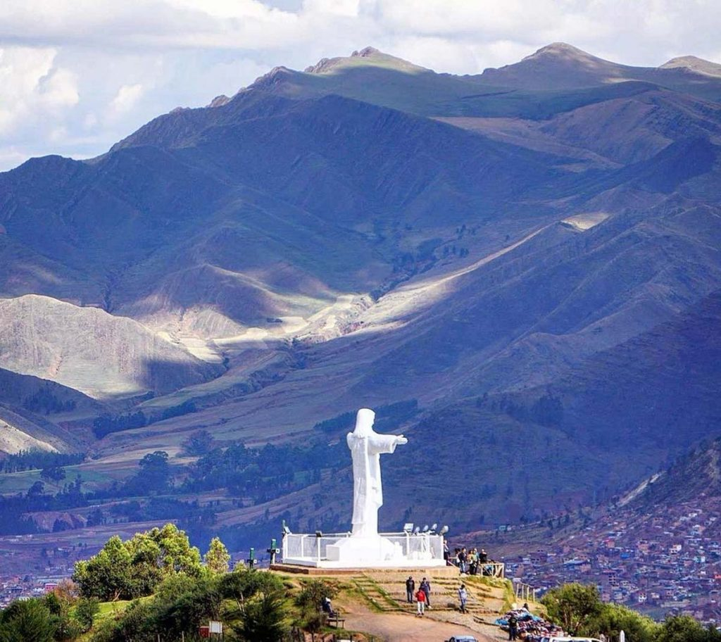 Panoramic image of cristo blanco in the city of Cusco