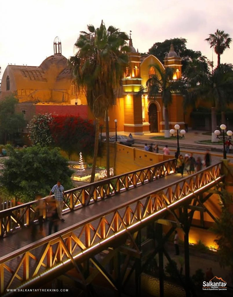 The Barranco district is one of the 43 that make up the province of Lima.