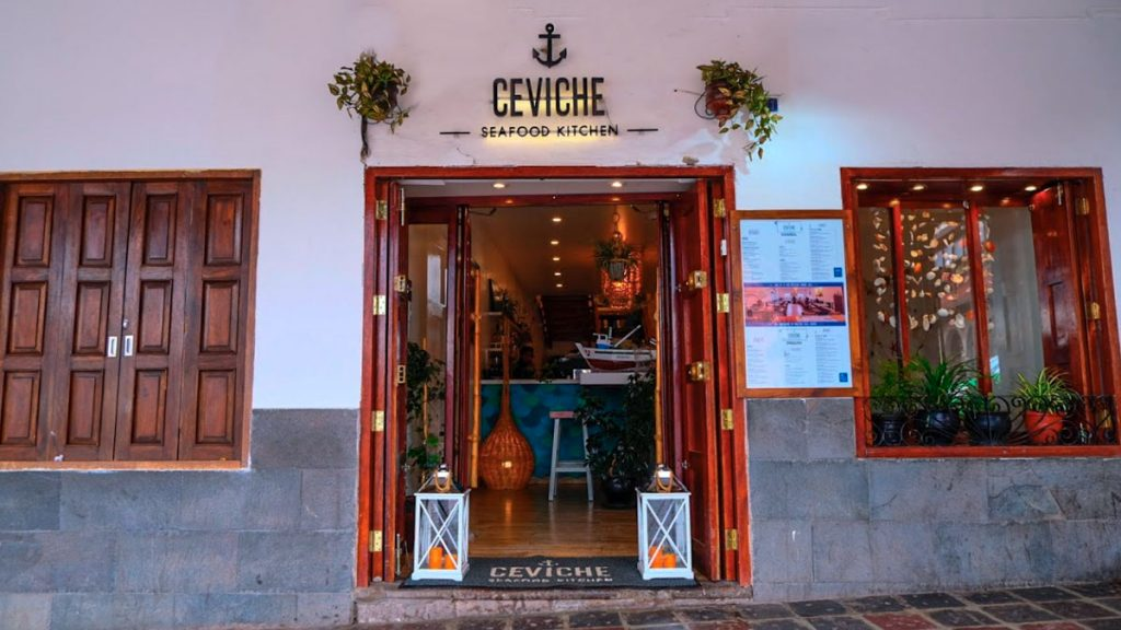 The restaurant is located in the main square of Cusco. The view is very nice in the afternoon.